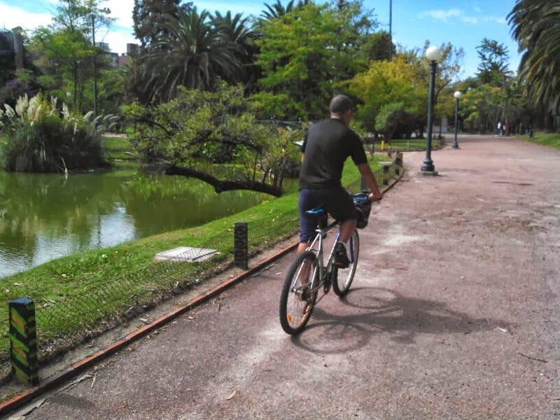 transporte-publico-em-montevideu-biclicleta